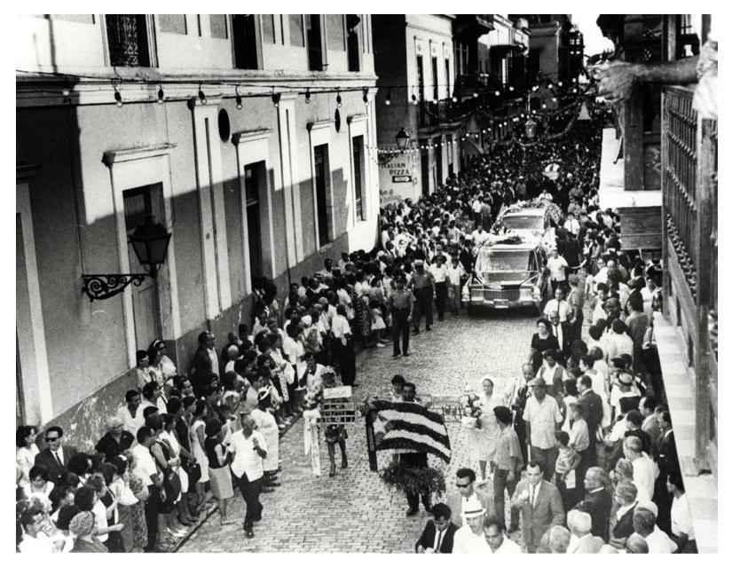 Albizu Campos Mourners