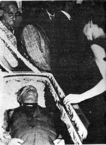 Albizu's burial on April 25